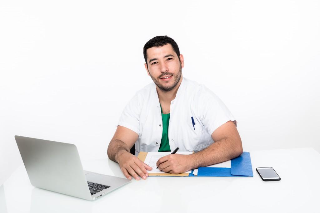 Docteur Alliez, chirurgien esthétique à Ajaccio en Corse